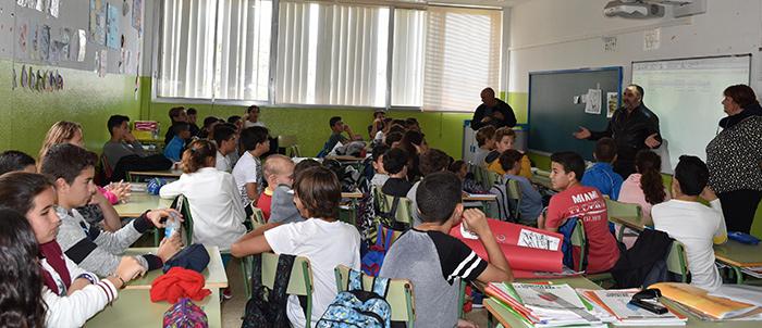 noticia-Charla-Alcalde-Colegio-San-Isidro-12-01-2017-2