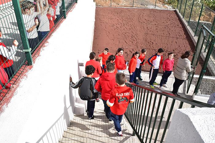 noticia-Finaliza-obra-Acceso-colegio-Machado-13-01-2017-3