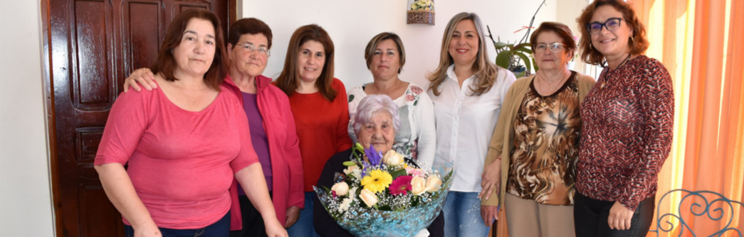 homenaje-vecina-mas-anciana-1