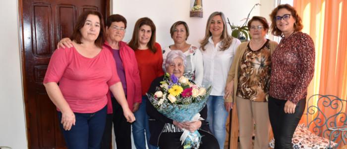 homenaje-vecina-mas-anciana-2