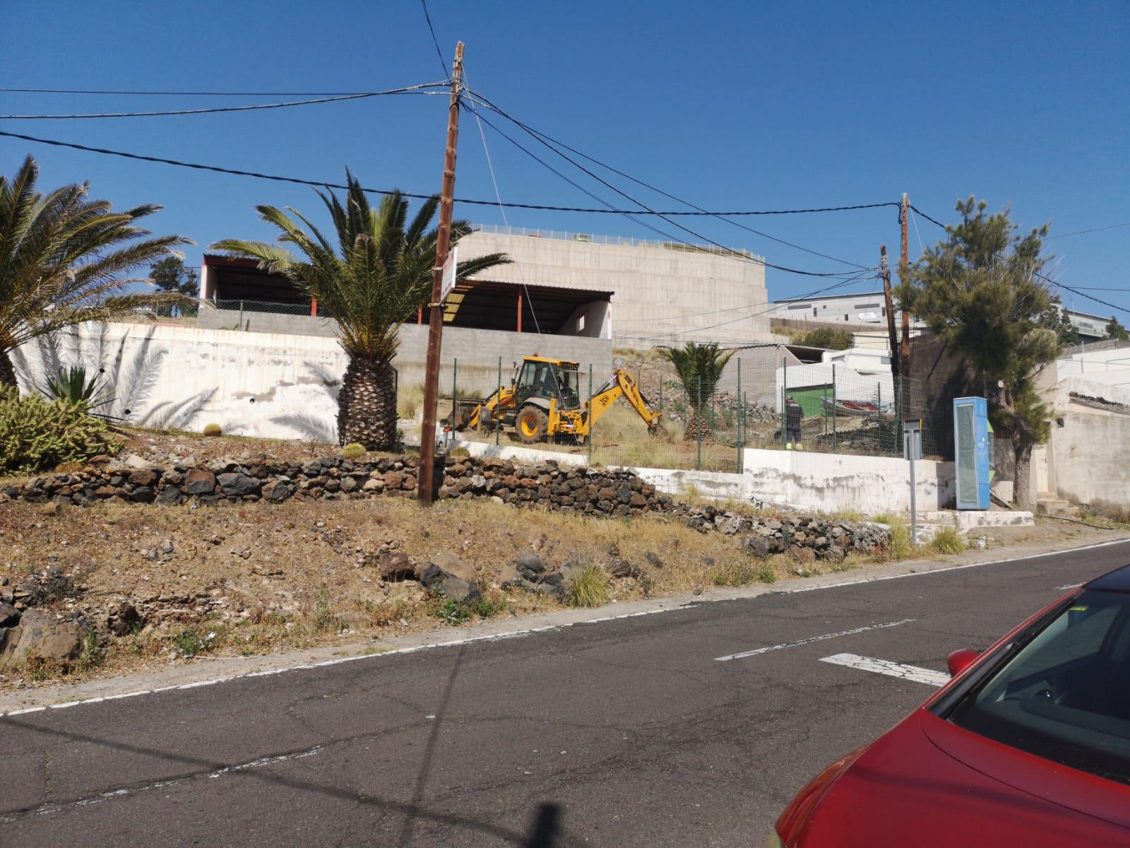 Reforma terreno parque infantil de El Chorrillo (3)