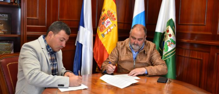 firma-contrato-parque-infantil-llanoblanco-2