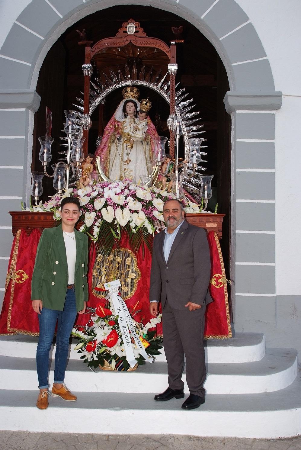 Ofrenda por el Día de la Virgen del Rosario (4) - copia
