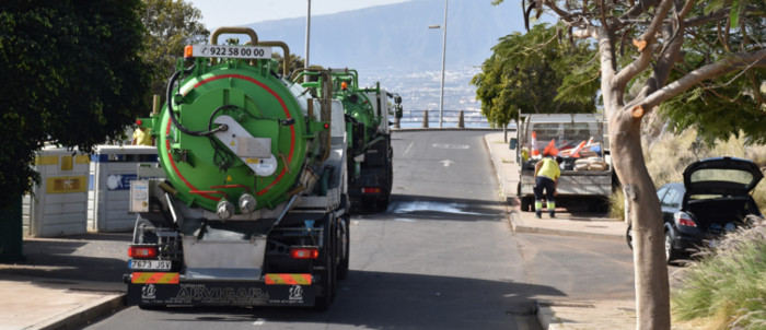 camiones-cisterna-costanera-2