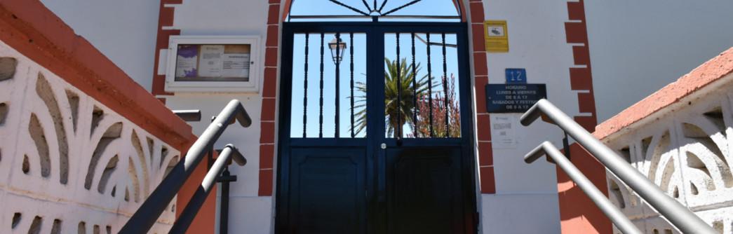 nuevas-puertas-cementerio-1