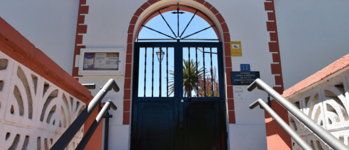 nuevas-puertas-cementerio-2