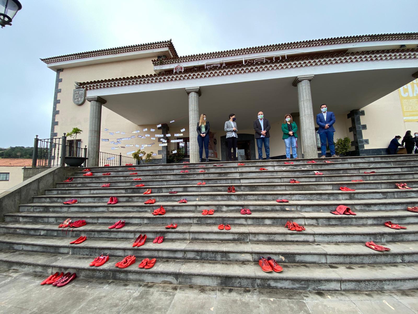 Campaña Zapatos Rojos 25N El Rosario (4)
