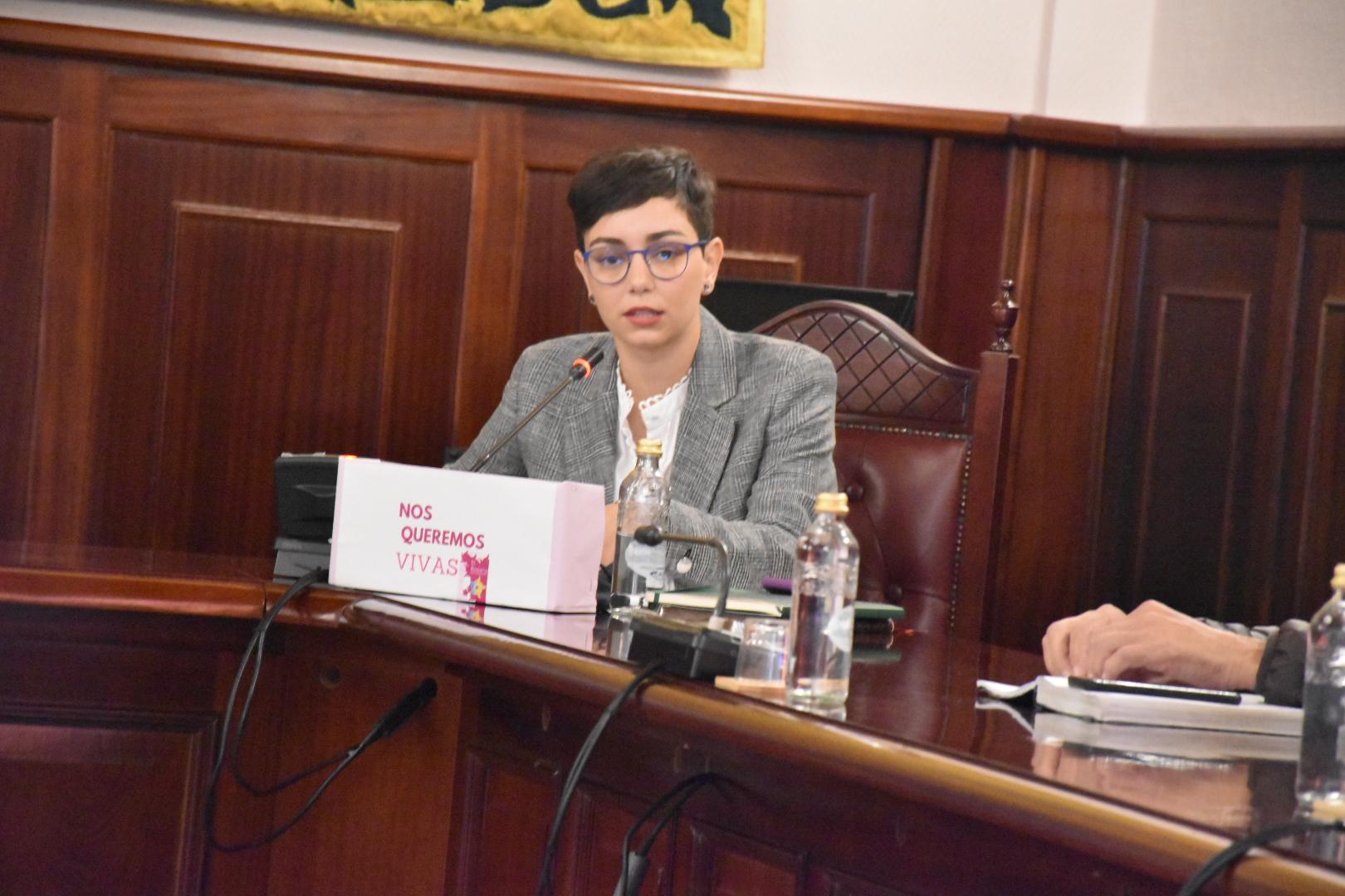 Sara Cabello, concejala de Hacienda, durante el Pleno