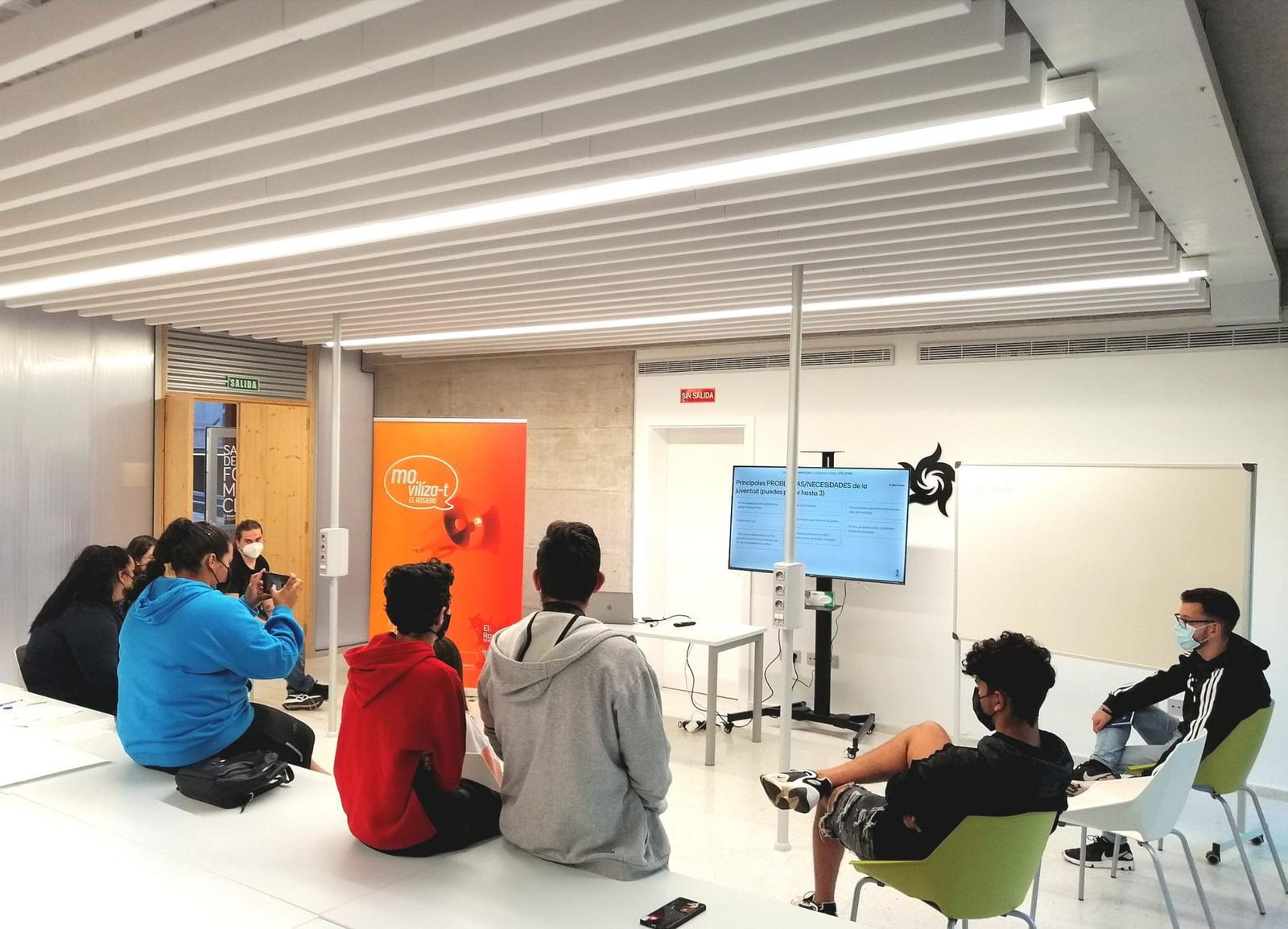 Mesa informativa de Juventud de Participación Ciudadana