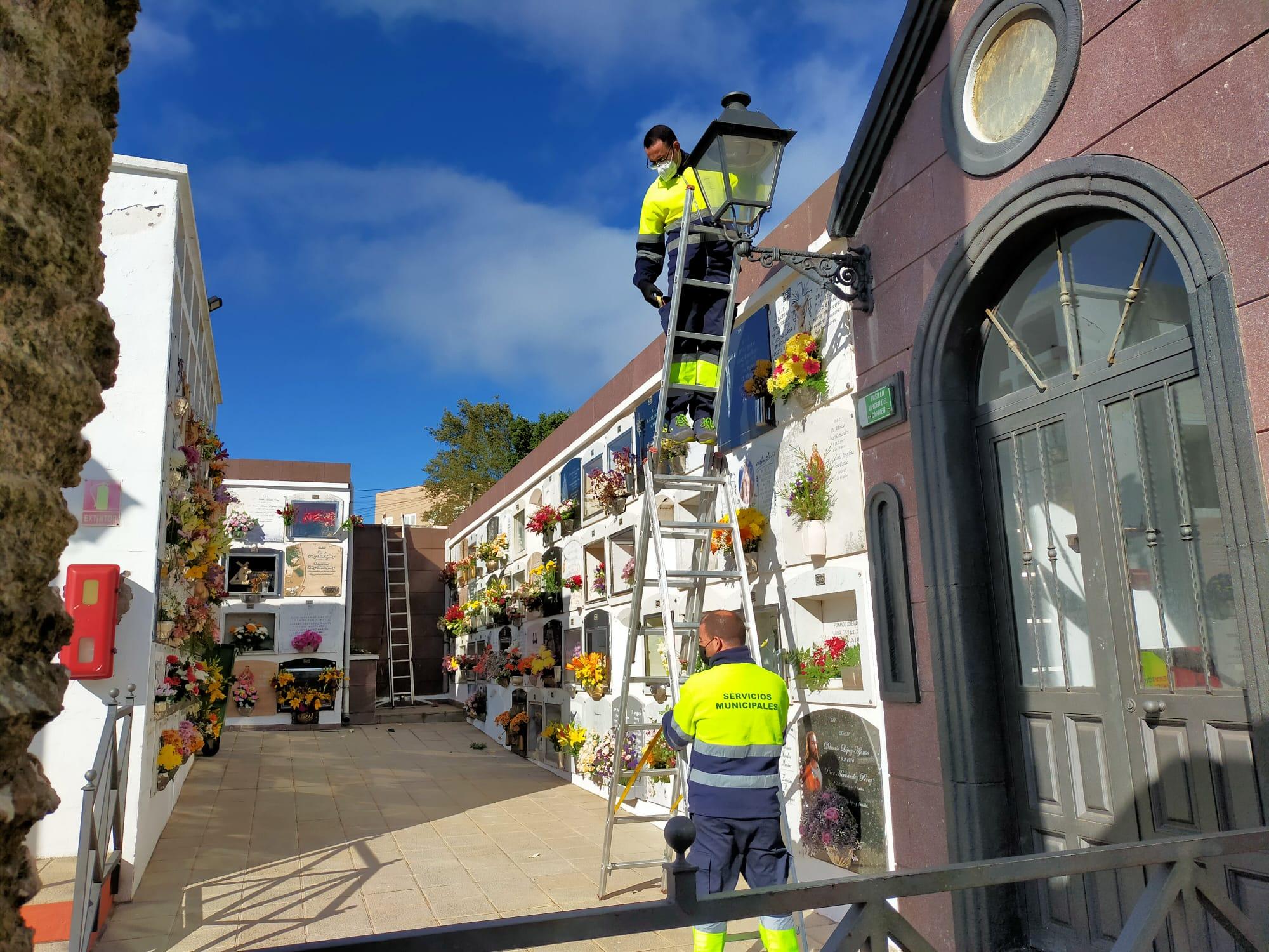 Modernización Alumbrado del cementerio de La Esperanza (1)