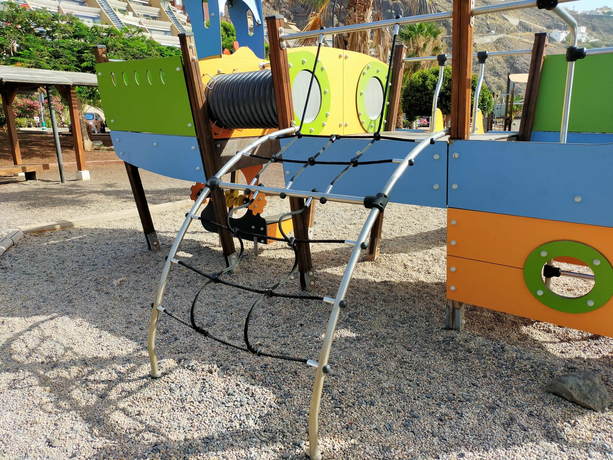 Mejora seguridad parque infantil de Guadamojete (2)