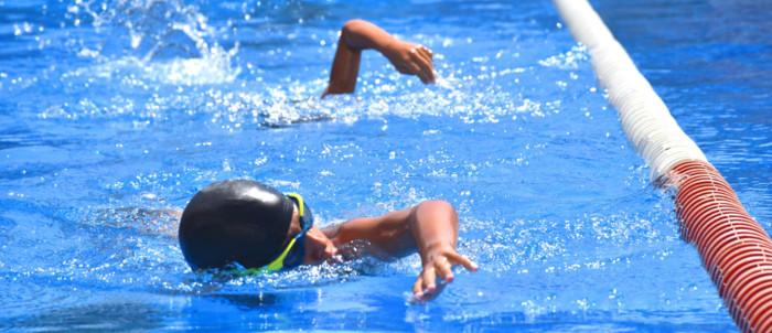 cursillos-natacion-2